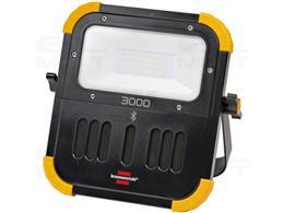 Mobilny ładowalny reflektor LED Brennenstuhl z głośnikiem Bluetooth (30 W, IP54 do użytku na zewnątrz i wewnątrz, lampa robocza