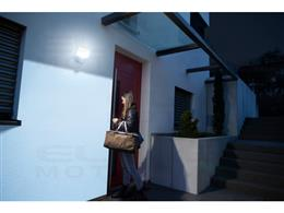 brennenstuhl®Connect LED Reflektor WiFi z czujnikiem ruchu WF 2050 P 2400lm, PIR, IP54      -257998